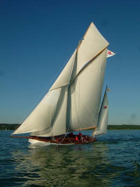 Segelbootverleih und Segelschulen am Ammersee